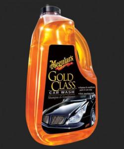 Wrijven terwijl je je auto wast